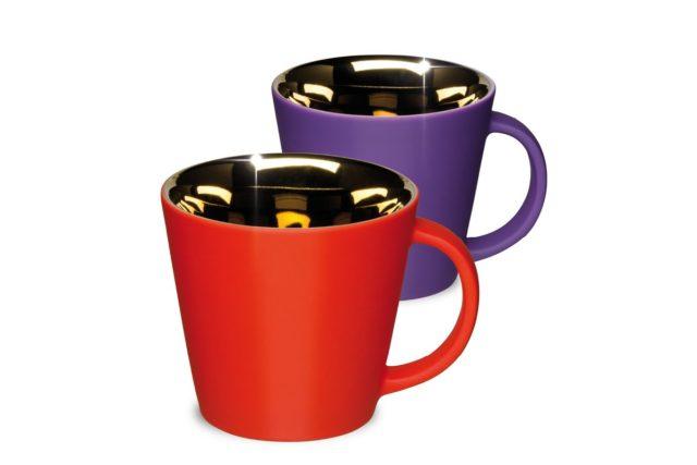 Produktabbildungen Ausnahme Porzellantassen rot und lila innen Nanometall